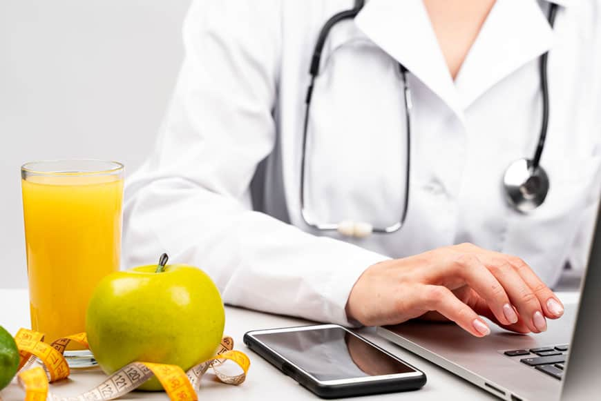 image of nutritionist researching