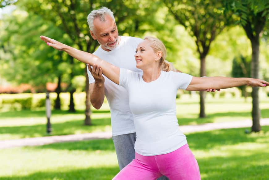 image of senior couple exercising
