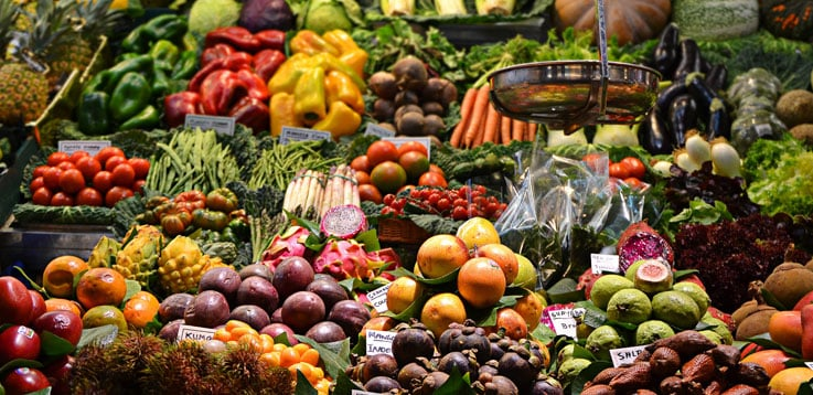 image of vegetables and fruits different colors